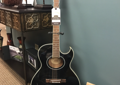 Tim McGraw signed Guitar